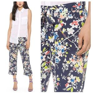 Equipment Femme Landon 100% Silk Floral Crop Pants